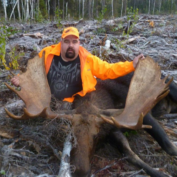 Moose hunting in Northwestern Ontario